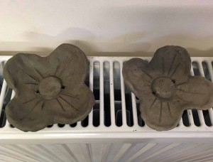 Clay poppies